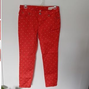 2/25$***Vince Camuto red skinny jeans***